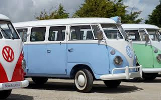 Volkswagen T1 Splitscreen Azul Rent Évora