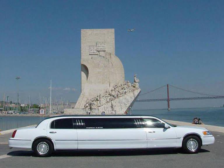 Lincoln Town Car Hire Lisbon