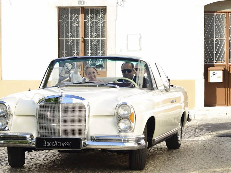 Mercedes-Benz 220 SEB Cabriolet Hire Loulé