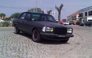 Mercedes-Benz W123 3.0 Diesel Rent Faro