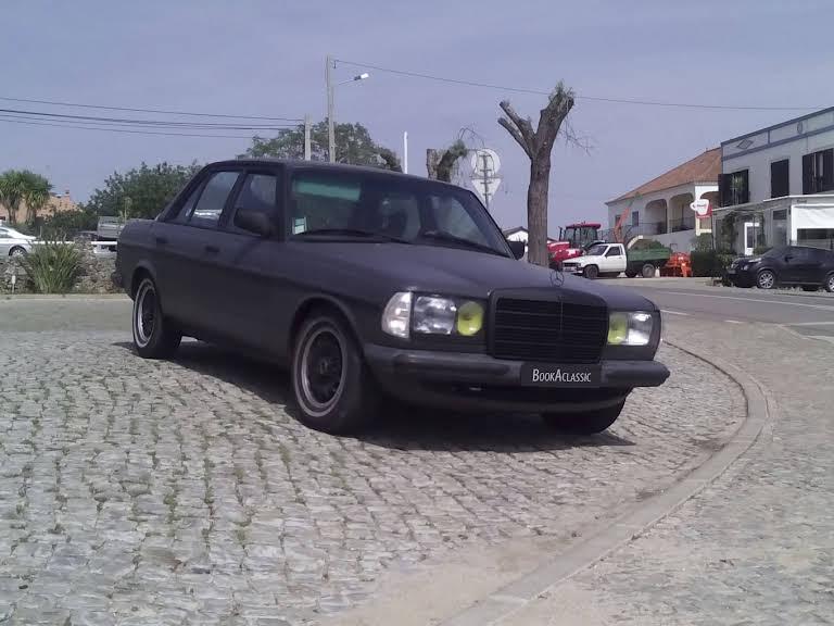 Mercedes-Benz W123 3.0 Diesel Hire Salir