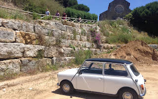 Mini 1000 Rent Lisboa (Lisabon)