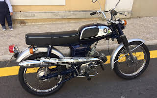 Honda Cd 50 Rent Lisboa (Lisabon)